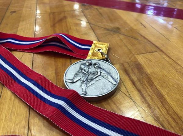 メダル...
